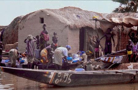Village de pêcheurs Bozo près de Mopti